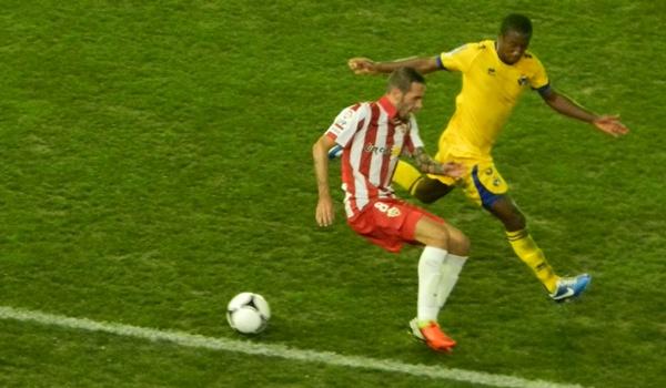 El tarraconense Vidal ha sido clave para que el Almería pase ronda en la Copa del Rey