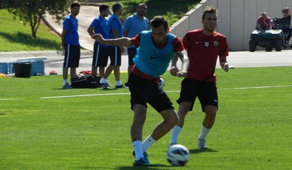 El extremo de la UD Almería quiere jugar siempre, y también ante el Celta en Copa