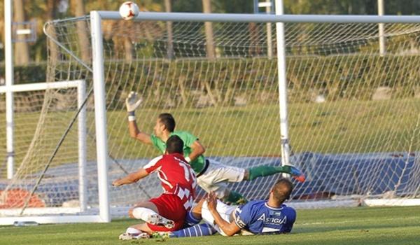 El jugador del Almería B marcó ante el Albacete y ha estado a punto de hacerlo ante el Écija