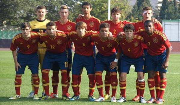 La Roja sub-17 ha empatado a seis puntos en su grupo y tiene que esperar para clasificarse