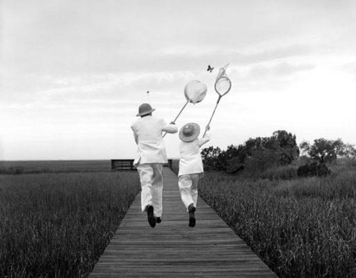 Garry y Henry cazando mariposas. Rodney Smith