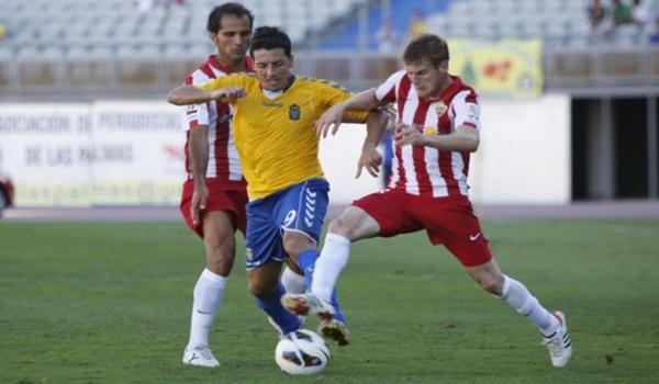 Gran trabajo de los hombres de la UD Almería para ganar en Gran Canaria