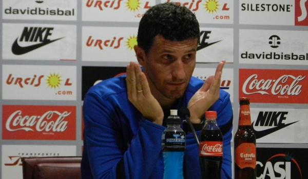 El entrenador de la UD Almería considera que hay que ser optimista