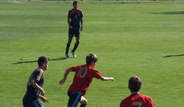 El juvenil de la UD Almería, nacido en Huércal, es el capitán del equipo