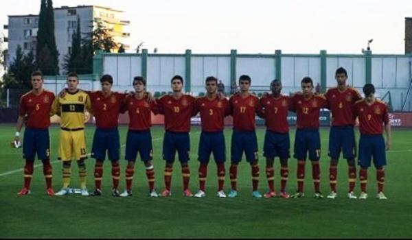 La UD Almería aporta tres jugadores a la selección de Santi Denia