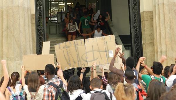Los estudiantes de secundaria se han sumado a los universitarios en Almería