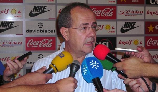 El abogado de la UD Almería ha dado la cara ante los medios tras el error con Pellerano