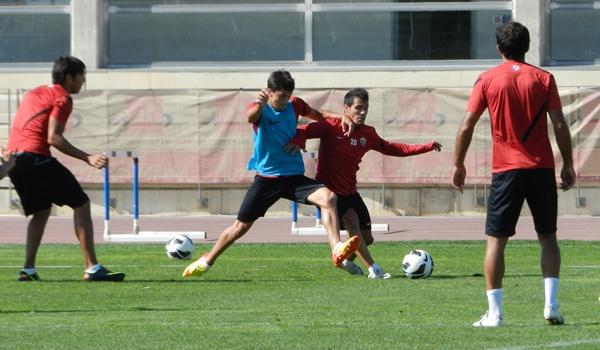 En la UD Almería hasta los menos habituales se pelean un sitio en el once titular