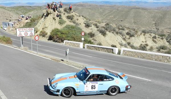 Los coches dibujaban trazados de 180º en el Rallye Costa de Almería