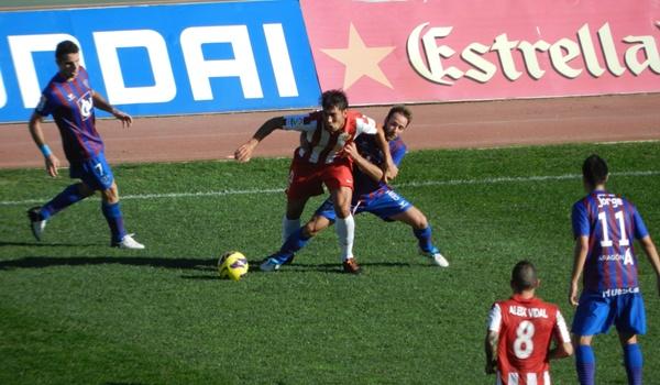 El Almería ha vuelto a ganar jugando muy mal