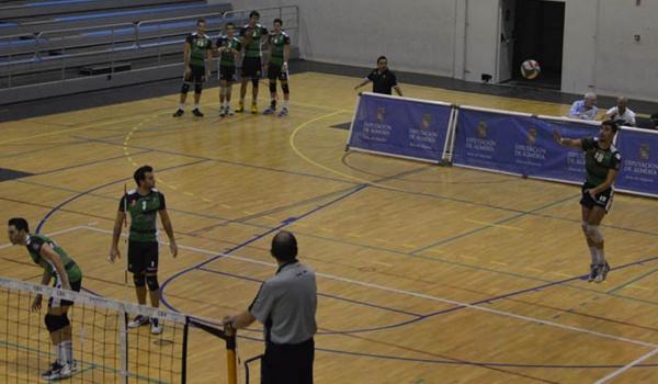 El central del Club Voleibol Almería sabe que está en la semana decisiva de preparación