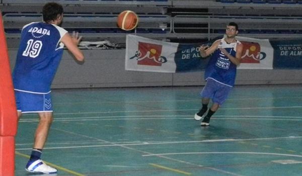 El equipo almeriense Adaba Gardenhotels.com de Primera Nacional de baloncesto ganó a Granada