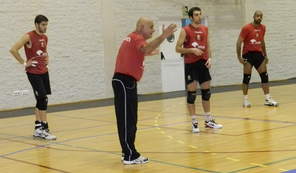 Jugador internacional con Barhein que juega de recpetor en Unicaja Almería esta Superliga de voleibol