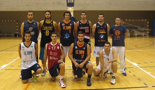 El primer derbi del baloncesto de Almería en Primera Nacional lo ganó El Toyo Basket
