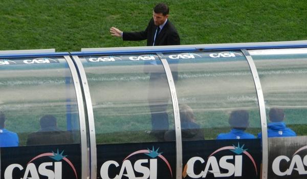 El técnico del Almería cree que su equipo debió ganar a los de Carlos Pouso