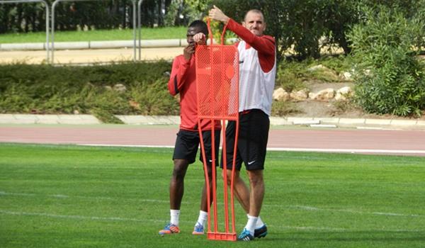 El centrocampista maño de la UD Almería ve al Mirandés como el equipo más complicado