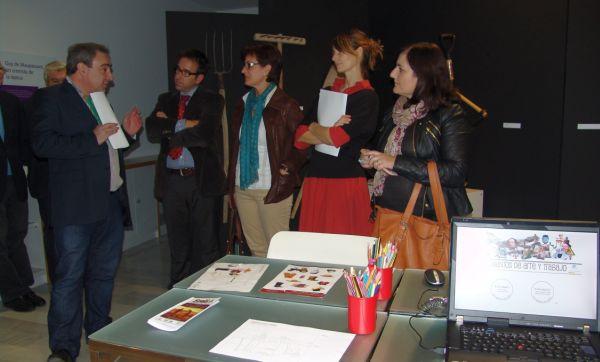 La Junta inaugura un taller sobre seguridad laboral basado en 'El Ángelus'