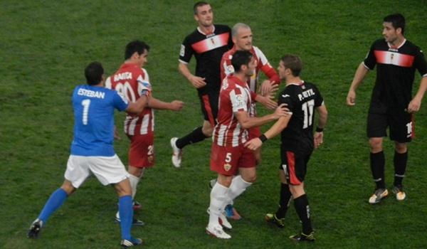 La UD Almería luchó mucho ante el Real Murcia en esta jornada de la Liga Adelante