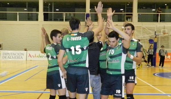 La fuerza del equipo de Almería esta Superliga de voleibol es el bloque
