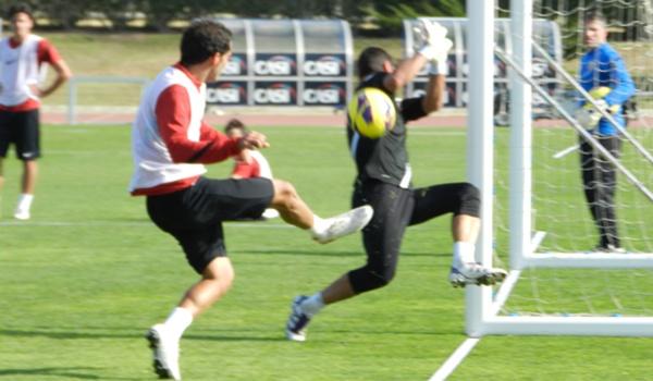 El mediocentro del Almería habla del próximo partido ante el Murcia