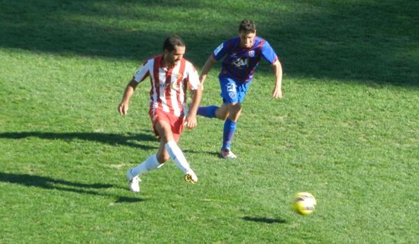 El mediocentro de la UD Almería es uno de los más destacados de esta Liga Adelante