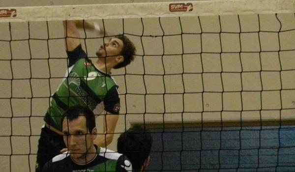 Unicaja Almería volvió a ganar en Andorra con el opuesto como máximo anotador