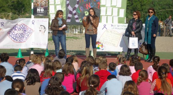 colegio guazamara Cuevas