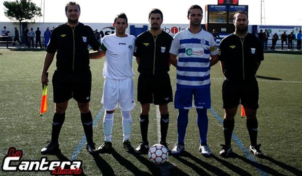 El derbi de equipos de Almería entre primero y segundo de la Primera Andaluza fue para los locales