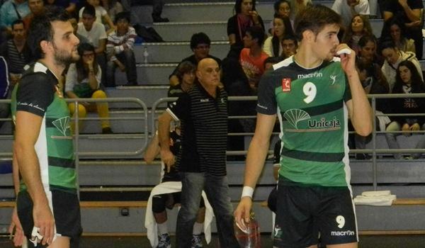 El opuesto de Unicaja Almería pide creer que se pueden ganar títulos