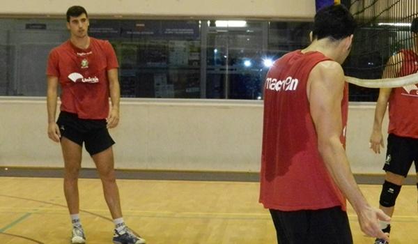 El central de Unicaja, incluido en el septeto ideal de la Superliga, habla de Zaragoza