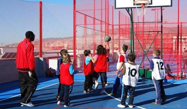 Deporte Inclusivo en el Día de la Discapacidad a través del baloncesto