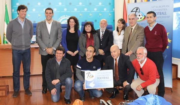 Junta de Andalucía, Diputación, Ayuntamiento de Almería y Universidad unidas en el campeonato