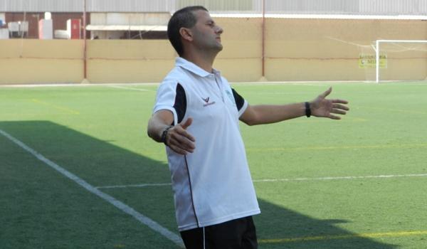 El entrenador del Huércal lleva a su equipo con buena marcha en la Tercera División