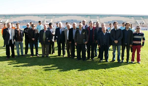 El CD Ejido y el Ayuntamiento de la localidad reconocieron a los creadores del Polideportivo