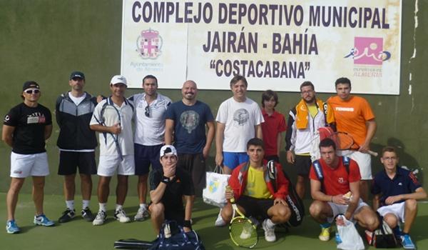 Jairán y Roquetas inician la convivencia de los clubes de Almería