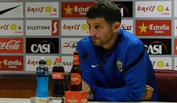 El entrenador del Almería estima en gran valía al equipo de Quique Setién en esta Liga Adelante