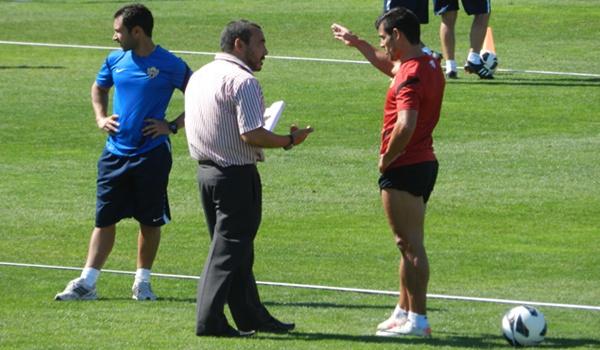 El médico del Almería le ha dado la baja a Corona y Aleix Vidal para el partido ante el Lugo