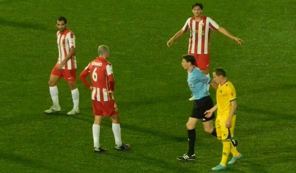 Al Almería pierde en Liga Adelante en la última jornada del año 2012