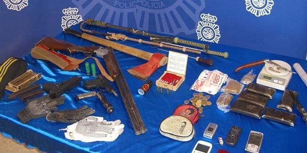 La Policía Nacional ha detenido a tres personas en Almería