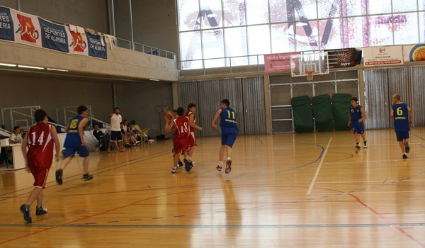 Deportes de equipo en los Juegos Deportivos Municipales de Almería