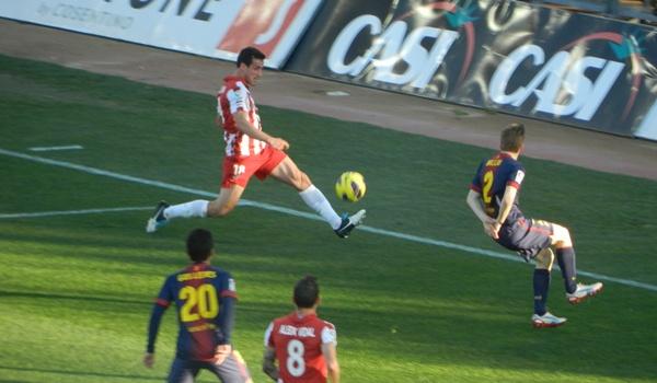 El lateral izquierdo de la UD Almería ha acabado desolado por el empate injusto