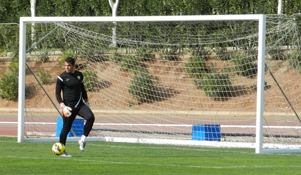 El portero de la UD Almería todavía no tiene contactos para renovar su contrato