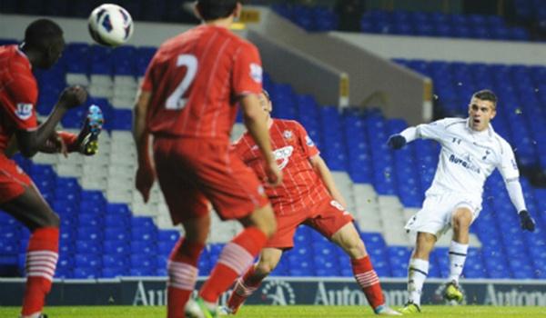 Iago Falqué tiene un acuerdo con el Almería y falta un solo detalle entre los clubes