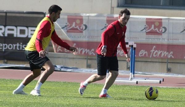 El ex del Levante y del Elche ya ha recalado en la UD Almería para conseguir el ascenso esta Liga Adelante