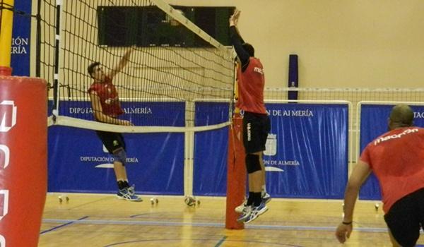 Unicaja Almería se jugará el liderato de la Superliga de Voleibol ante Cajasol Juvasa