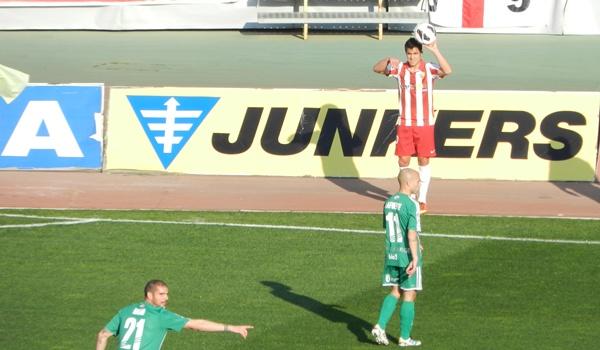 El lateral de la UD Almería busca el ascenso a Primera