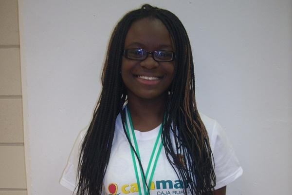 Es de Guinea Ecuatorial, vive y entrena en Almería y es tercera de Andalucía de Atletismo en Pista Cubiera (60 metros lisos)
