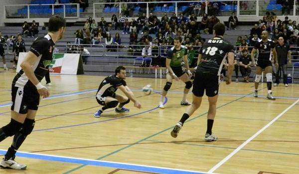 Unicaja Almería irá a Teruel a adelantarse en la Superliga de voleibol