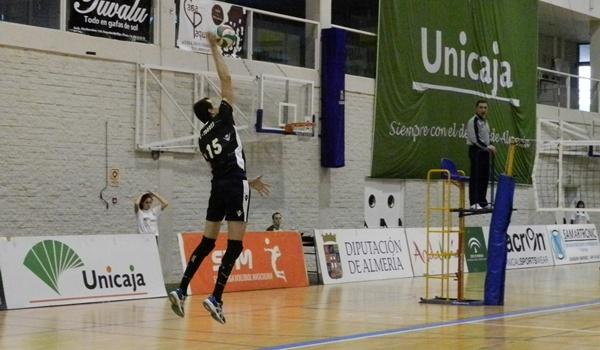 La final de la Superliga de voleibol comienza en Teruel con la visita de Almería
