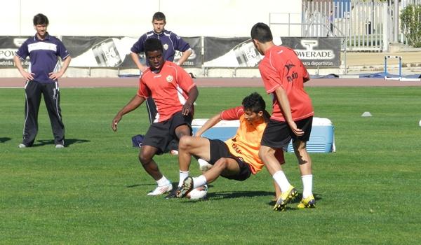 Los juveniles de la UD Almeríla con la selección de España sub-17